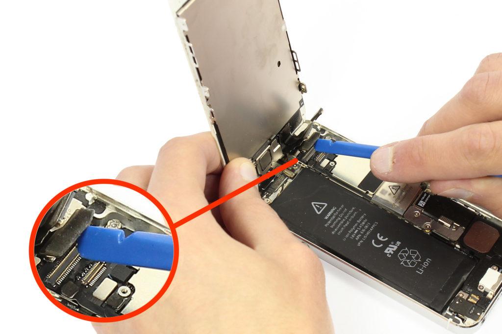 Démontage par l'avant de l'iPhone 5