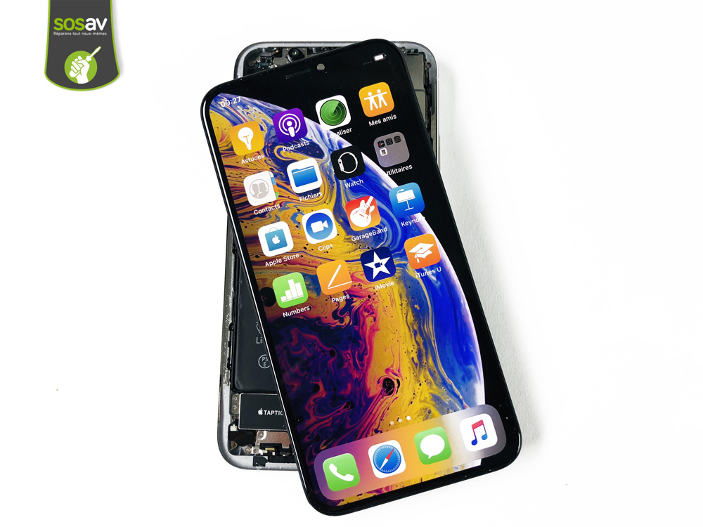 iPhone XS ouvert