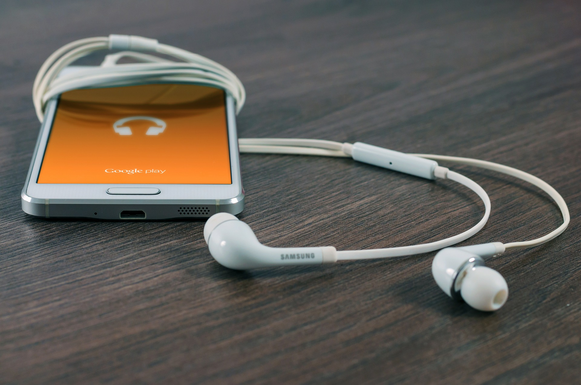 Ecouter de la musique sur telephone.