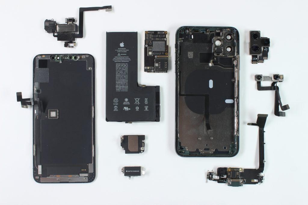 Vue eclatee iPhone XS Max.
